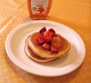 pancake with strawberry